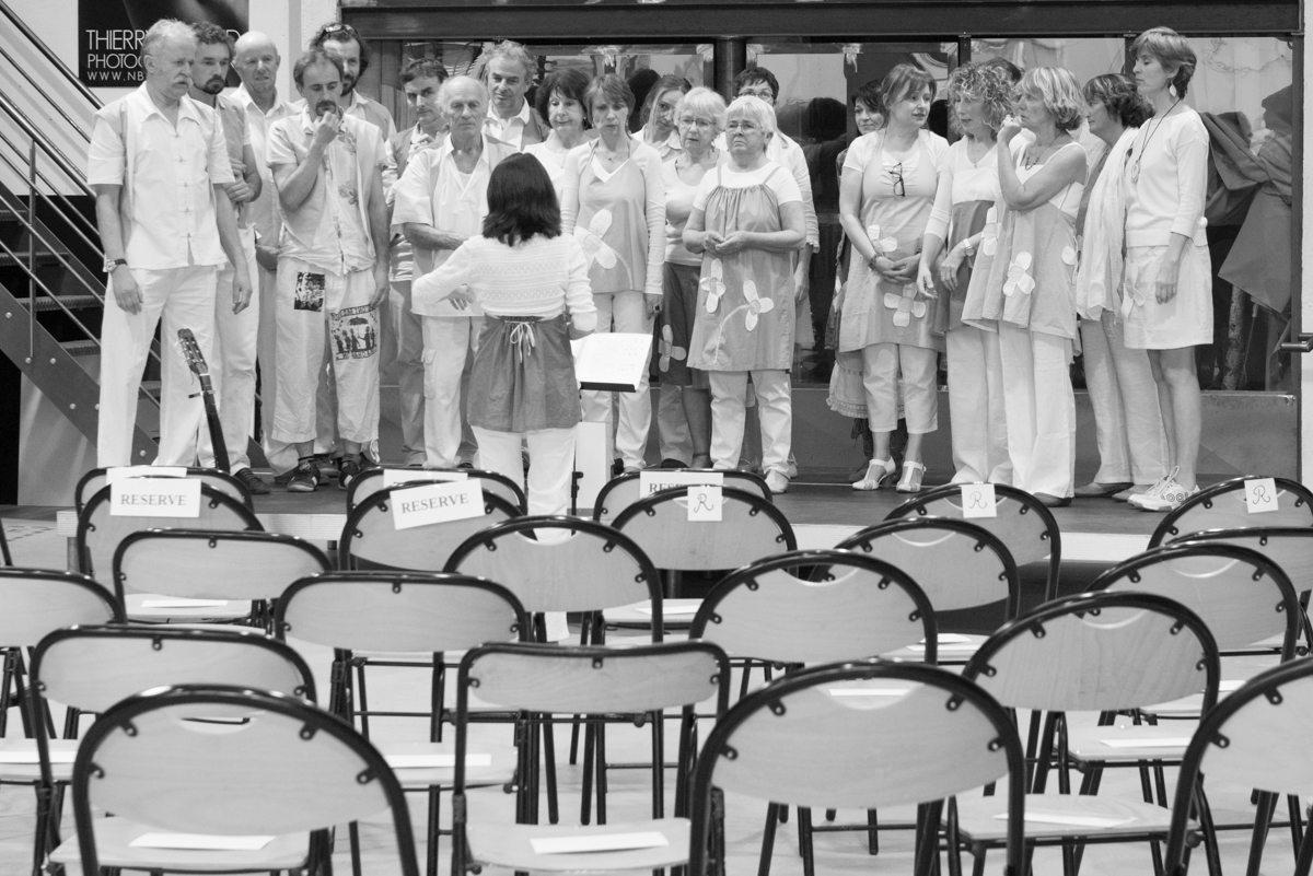 13 c thierry giraud la chorale les qu ont pas d nom de la chanson de delphine coutant - Cabinet thierry saint nazaire ...